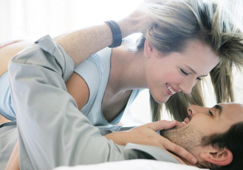 Descubra como ser uma mulher desafiadora que encanta os homens