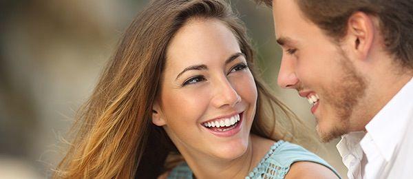 O jeito certo de conversar com um homem para que ele se apaixone por você