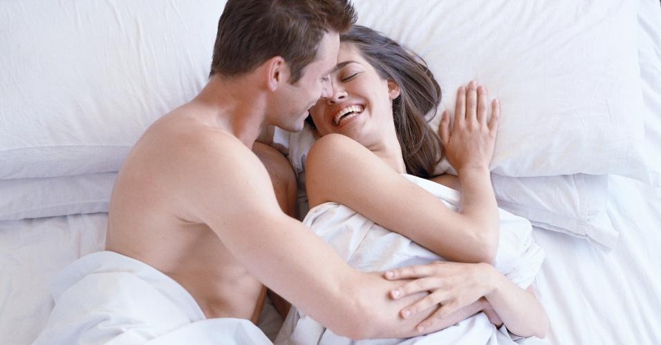 Sexo na cama homem e mulher [PUNIQRANDLINE-(au-dating-names.txt) 64
